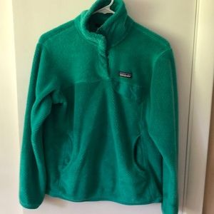 Green long sleeve fleece